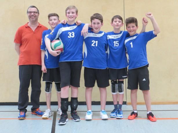 Dramatik pur am letzten Spieltag der U13-Meisterschaft / Volleyballer der SG U.N.S. werden Dritter